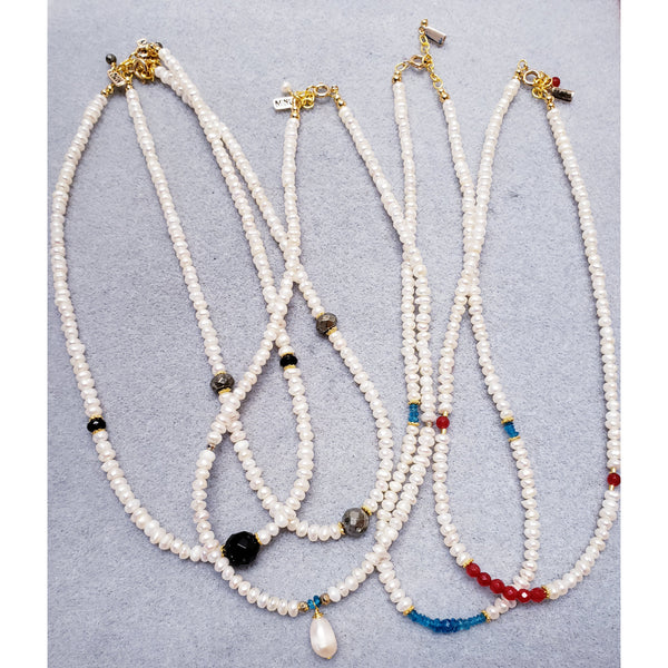 Gemstone Perla Necklace