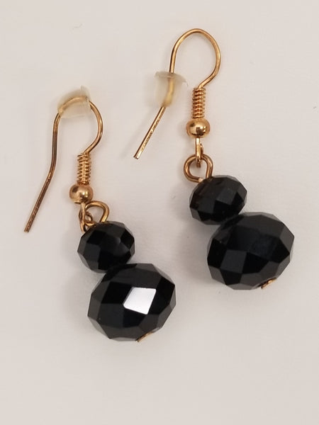 Black and gold Necklace with Dangle earrings