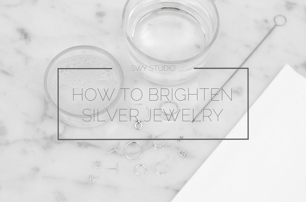 How to quickly clean and brighten your silver jewelry