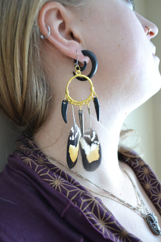 "Handcrafted Cruelty Free Clawed Feather Earrings 6"" Nan'darach Designs - Carrie's Closet"