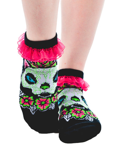 Muerta Cat Ruffled Ankle Socks - Carrie's Closet