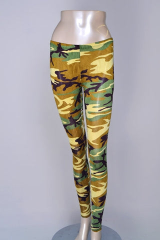 Camouflage Leggings LARGE - Carrie's Closet  - 1