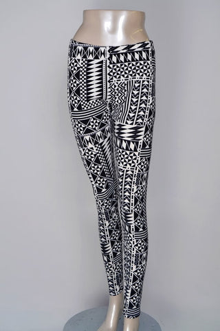Black and White Aztec Geometric Ponte Leggings - Carrie's Closet  - 1