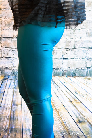 Pleather Leggings with zipper - Carrie's Closet