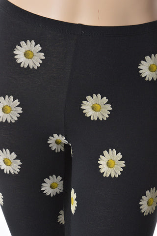 Floral Daisy plus size leggings - Carrie's Closet  - 1