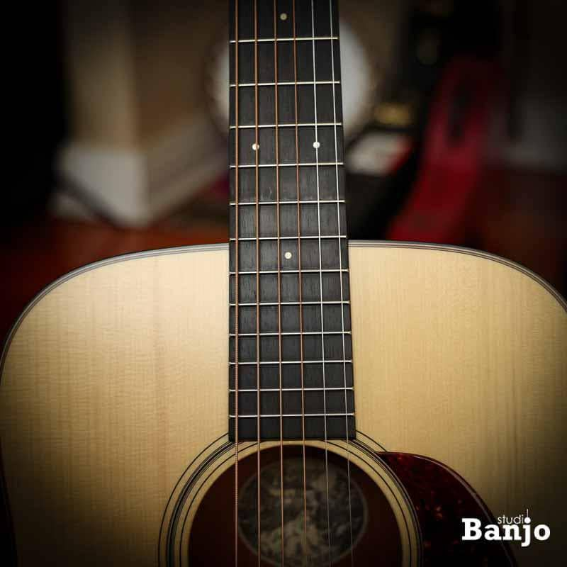 Collings D1AT Satin Traditional Series Satin Finish Dreadnought Guitar