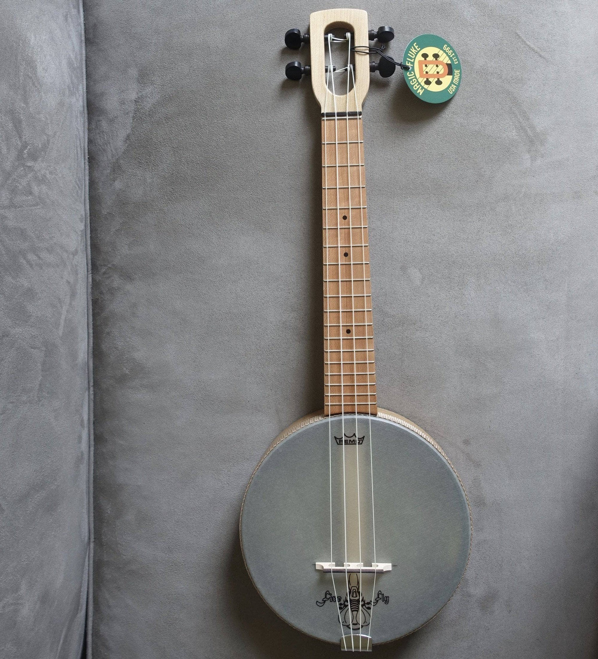 Concert Firefly Banjo Ukulele M90 with Geared Tuners