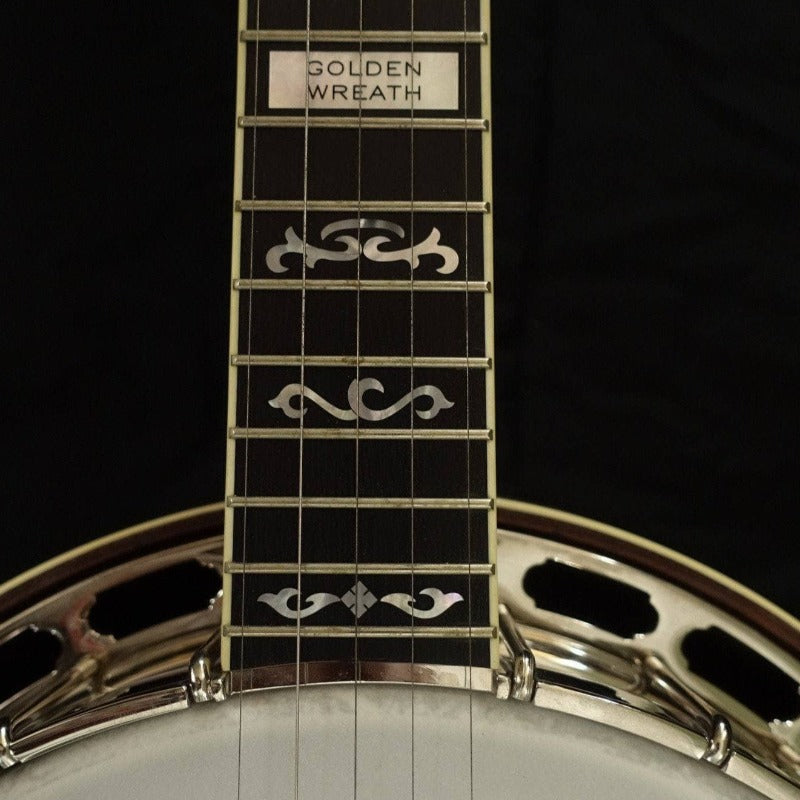 Deering Golden Wreath Banjo - Banjo Studio