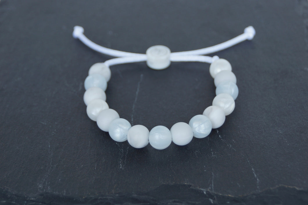 mixed pearl and marble adjustable silicone bead bracelet
