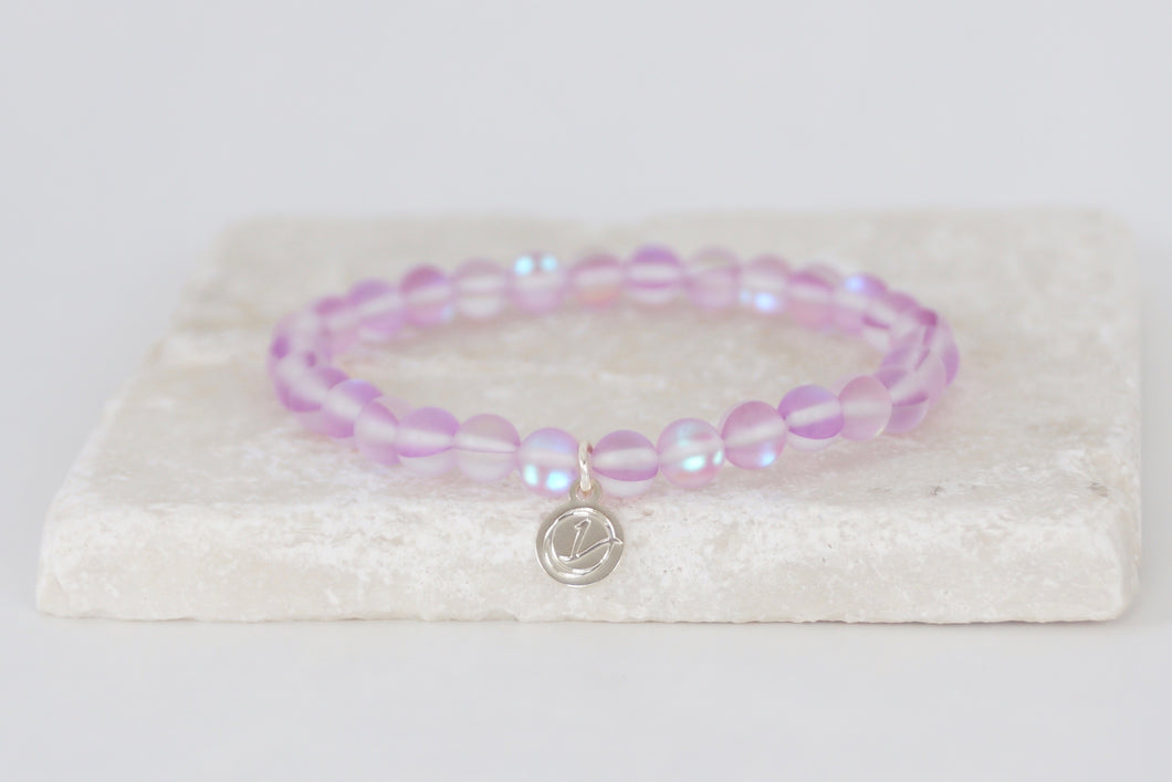 light purple moonstone bracelet on elastic