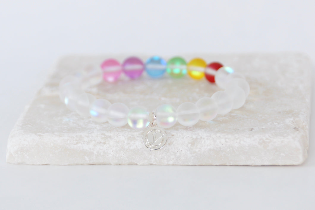 white and rainbow moonstone on elastic