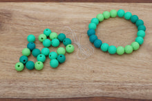 Load image into Gallery viewer, green ombre silicone bead bracelet kit