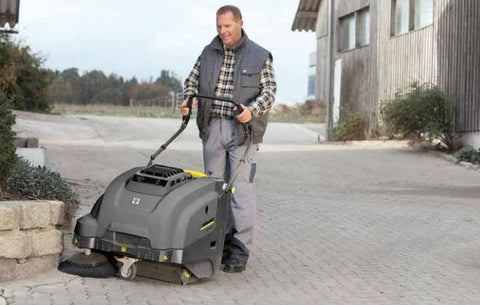Karcher KM 75/40 W Bp sweeper in use
