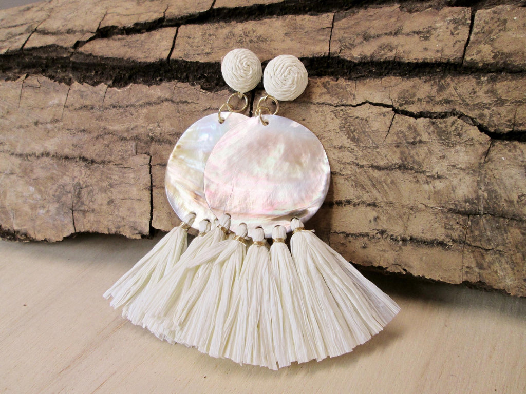 Round Shell and Raffia Earrings