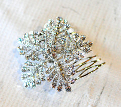 Bridal Comb - Ready to Wear - Giant Snowflake