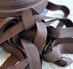"Solid 5/8"" Foldover Elastic by the Yard-Light Chocolate"