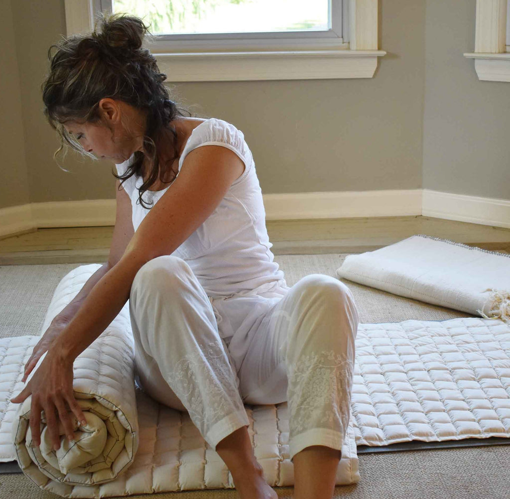 Organic cloud nine yoga blanket