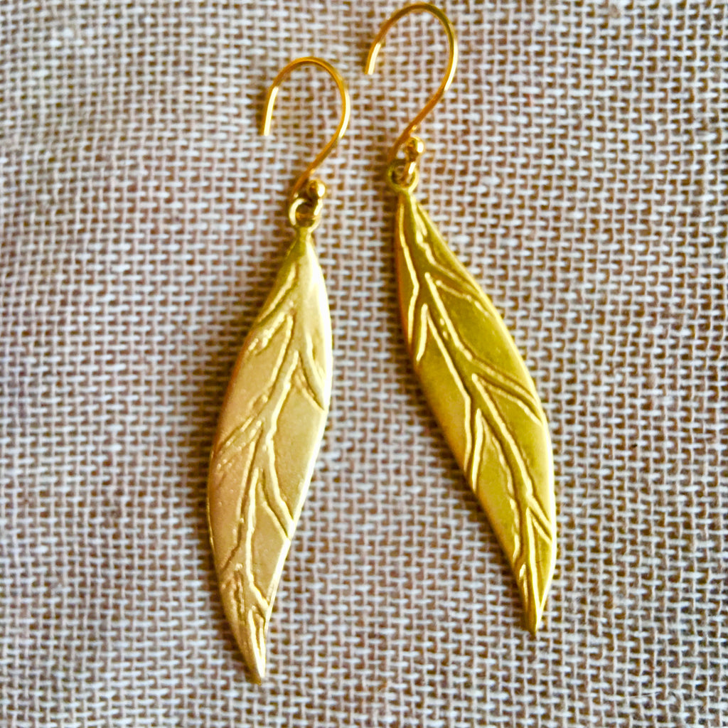 Leaf gold earrings