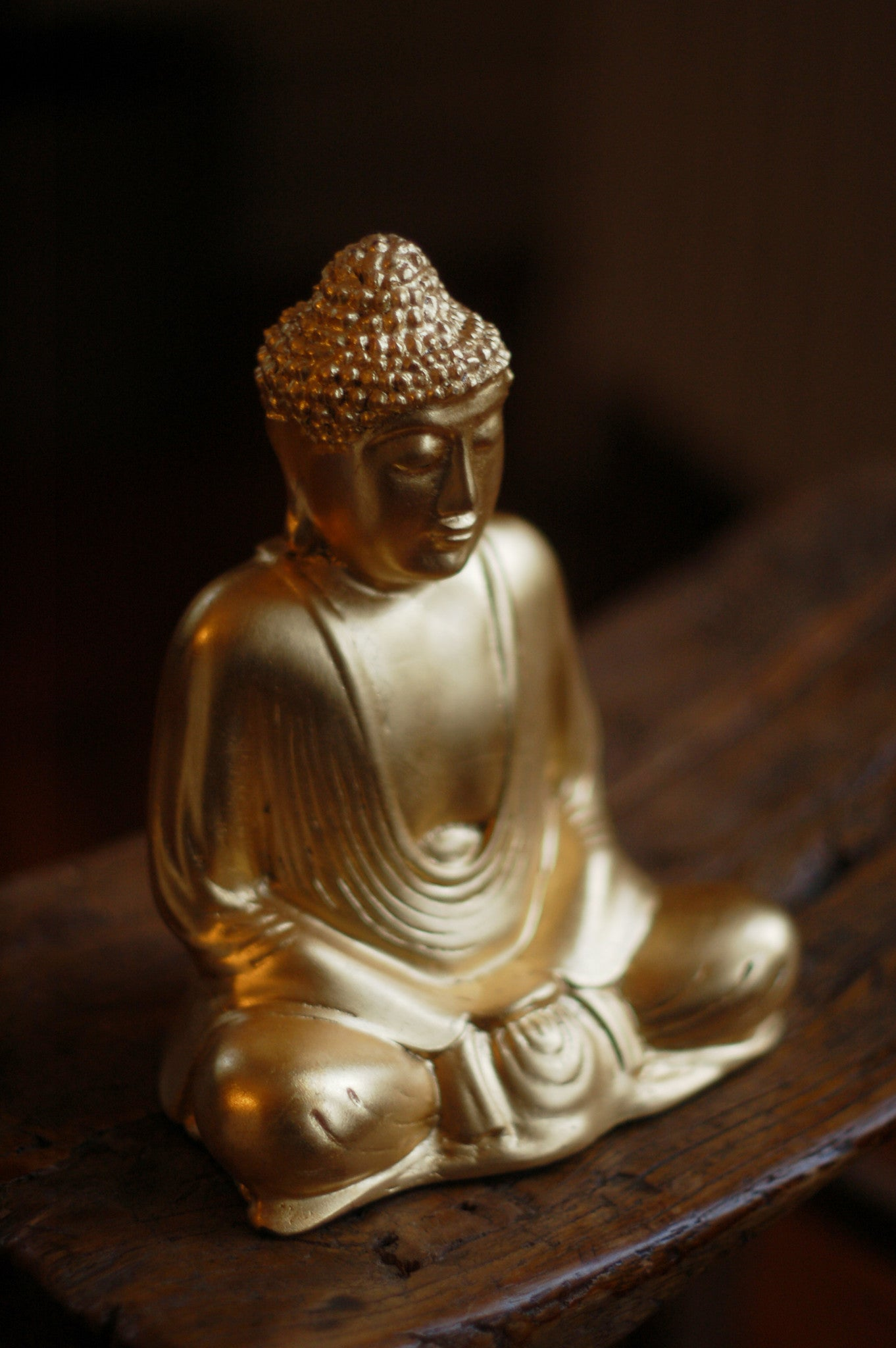 Gold Leaf Lucent Buddha