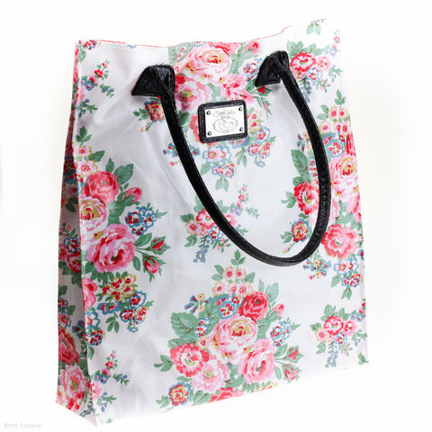 Bouquet Shopper (White)