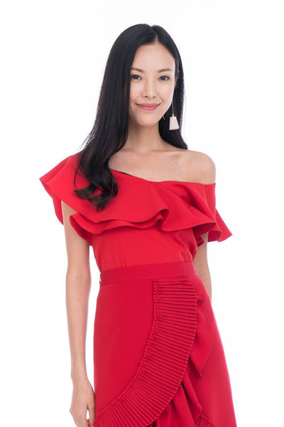 Sierra Off Shoulder Ruffle Top in Red