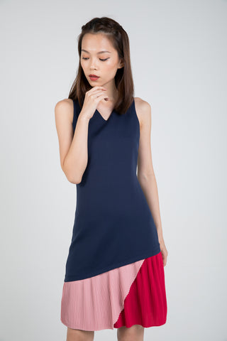 Quin Tri Colour Block Pleated Dress in Navy