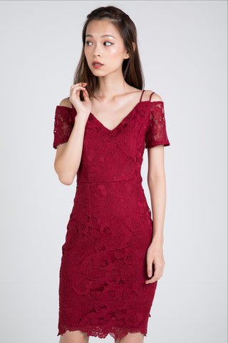 Faye Offshouler Crochet Lace Midi in Wine