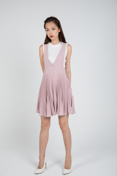 Lilia Pleated Pinafore In Dusty Pink