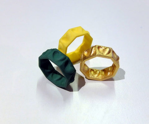 Half-hearted ring in colorful nylon