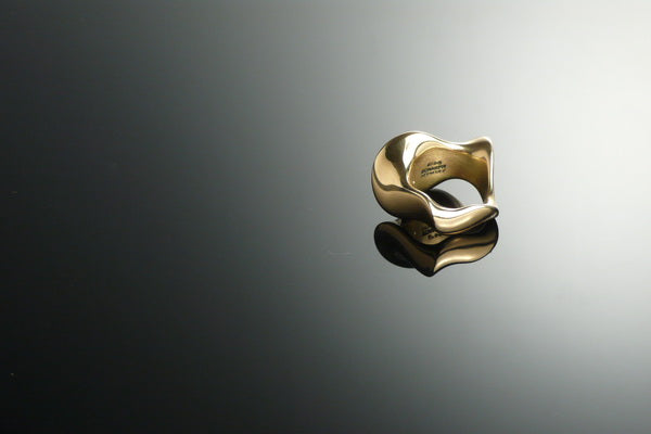 Waves gold ring