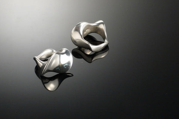 Waves silver ring