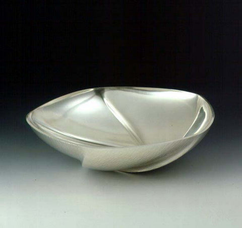 5 Fluted bowl