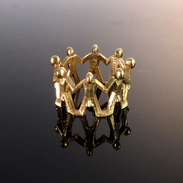 Gold Knights Dancing Around the Finger