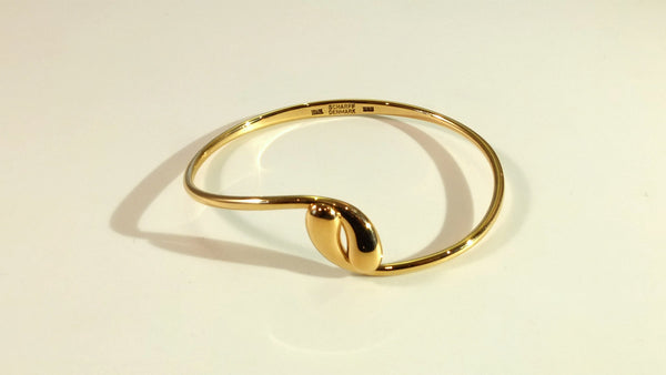 Bangle in gold