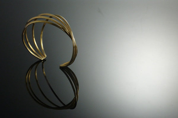 Eternity gold bangle