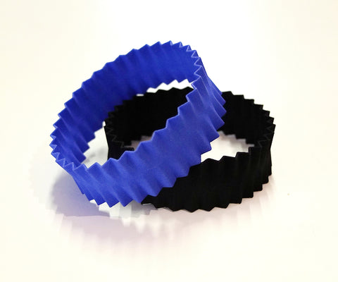 Pleats bracelet in nylon