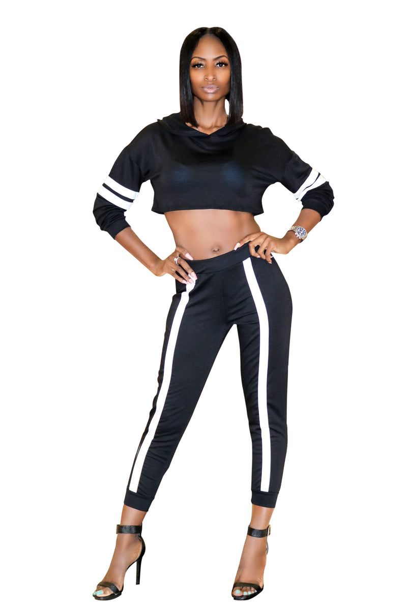 black cropped set, Crop top hooded set, hooded crop top, two piece pant set, sweat pants, jogging set, relaxed wear, black joggers, black crop top set, black hoody, sexy two piece set, boutiques near me, chill wear, chill wear for ladies, Atlanta boutiques, boutiques in Lawrenceville, stylish jogging set.