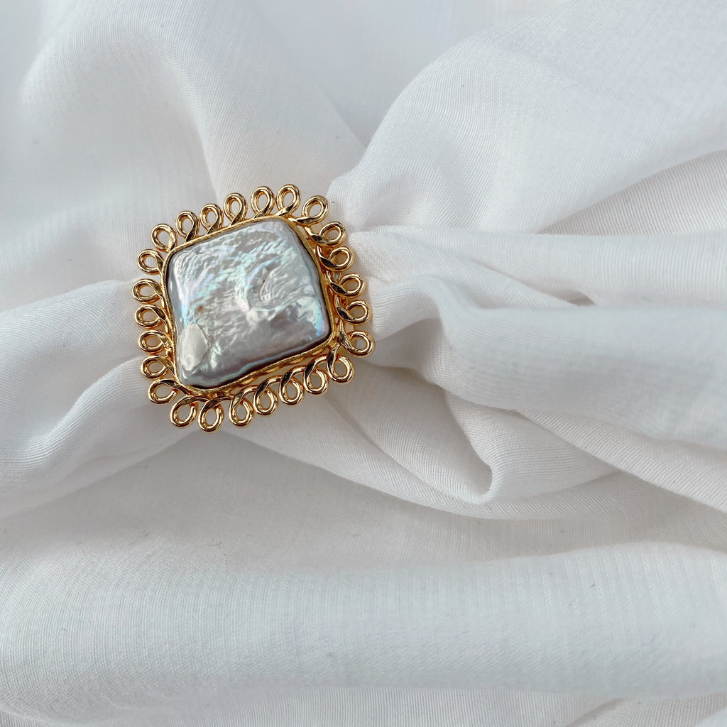 pearl ring 04