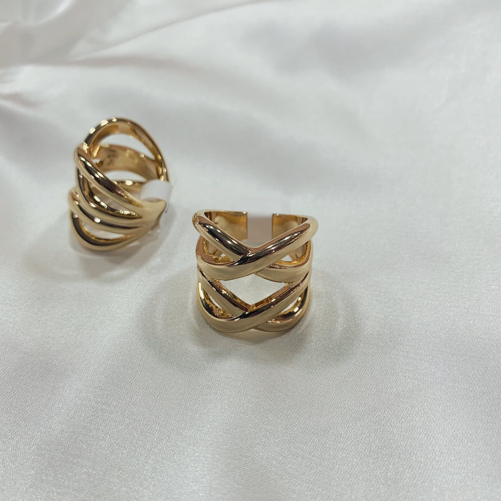 Gold ring 002