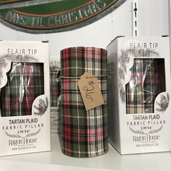 Holiday Candle, LED Plaid