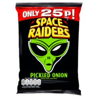 SPACE RAIDERS PICKLED ONION CORN SNACKS, 20g