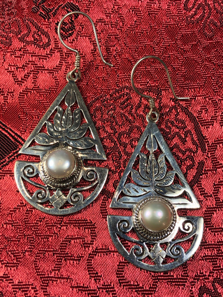 Silver Lotus Pear Earrings(TGSE 10)