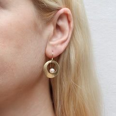 Brass gold toned wire earrings with pearl detail
