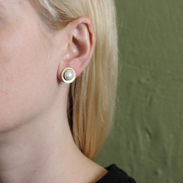 Dished Disc with Pearl Cabochon Post Earring