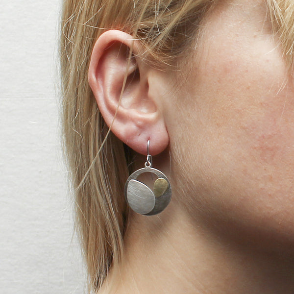 Cutout Disc and Leaves Earring