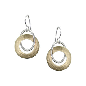 Interlocking Smooth and Wide Ring Earring