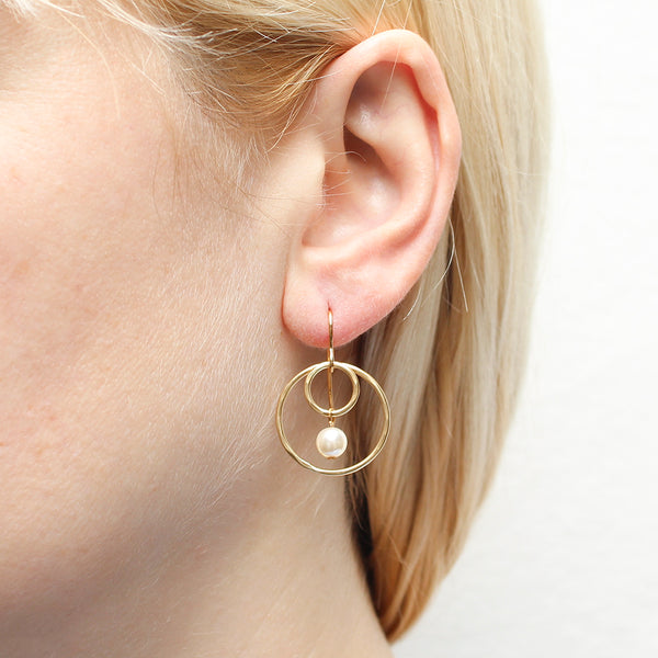 Small Wire Rings with Cream Pearl Drop Earring
