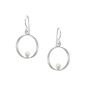 Thin Rim with Cream Pearl Earring