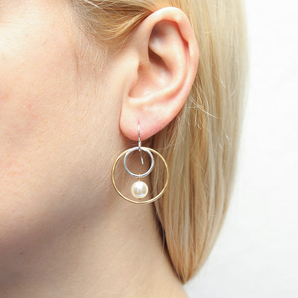 Medium Wire Rings with Cream Pearl Drop Earring