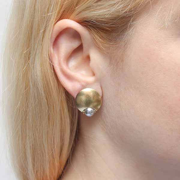 Domed Disc with Inset Grey Pearl Earring